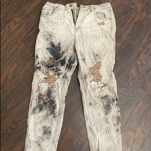Wild fable distressed & bleached mom jeans